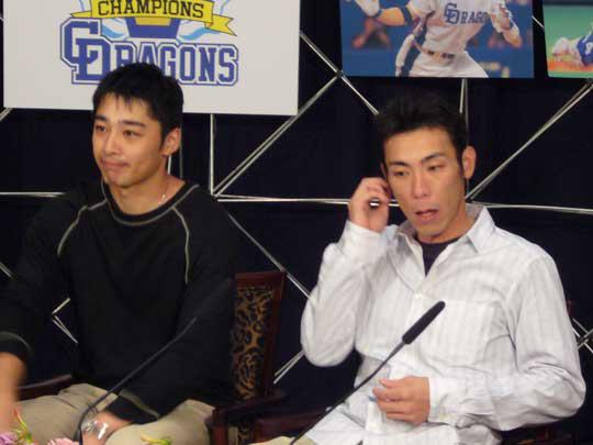 NHKブースも続々と選手が現われインタビューに答えてくれました。