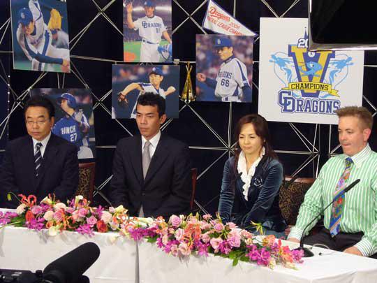 このメンバーで日本シリーズも中継しますね!お楽しみに! 札幌でオンエアか、地元ナゴヤドームで日本一を勝ち取るか!
