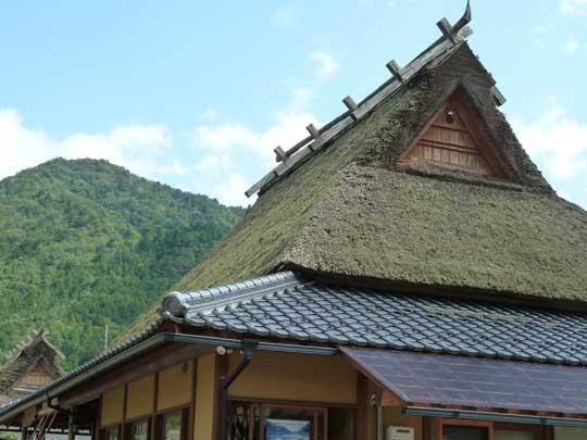 美山の集落といえば、このかやぶき屋根が象徴!